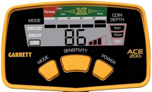 detail-telecommande-ace-200i-detecteur-debutant-garrett